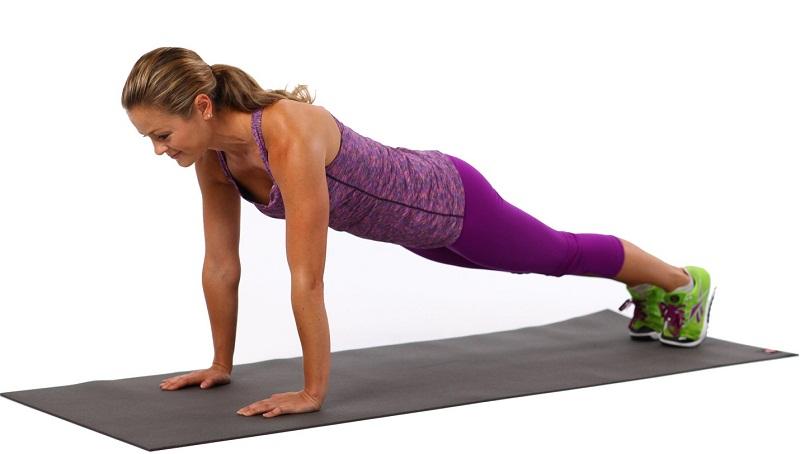Упражнение планка упор на руки